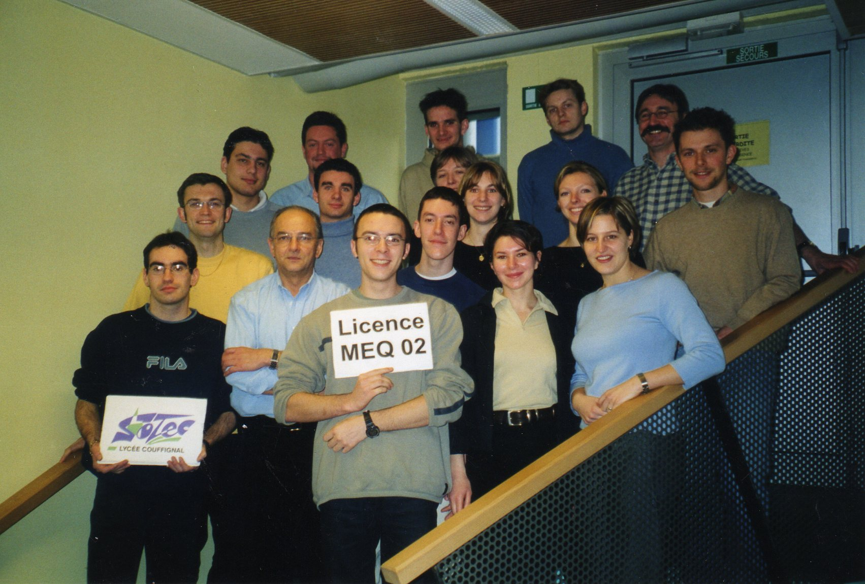 MEQ00_.jpg
